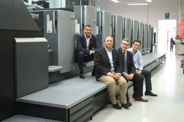 Sold in Italy an Heidelberg CD102-8LX3 to an EU leading luxury packaging printing.