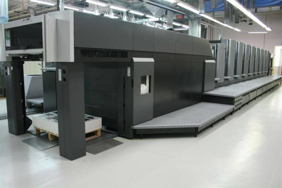 Heidelberg CD102-8LX3-UV alla Cosmografica Albertini, leader europea nel luxury packaging printing